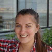 Zeta, 32, Cabin crew (Hungarian): I think its a good idea, actually, because I struggle with street signs sometimes when I'm here. It would be best if they kept some of the Japanese names, like 'dōri,' and put 'avenue' after it because it would be hard to ask directions if they replaced 'dōri' with 'avenue.'