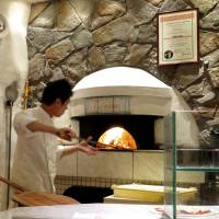 Pizzeria Tonino: Some of the best Italian pizza in town