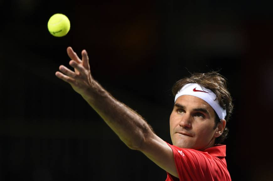 Federer clinches Davis Cup semifinal berth for Switzerland