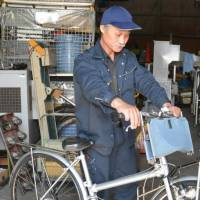 Bike can turn into wheelchair if disaster strikes