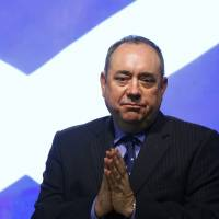 Scotland First Minister Alex Salmond attends a October 2012 news conference in Edinburgh to discuss a referendum on Scottish independence.   REUTERS
