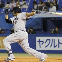 Big boost: Dragons slugger Hector Luna drives in three runs in Chunichi's 4-3 victory over the Tokyo Yakult Swallows on Friday at Jingu Stadium. | KYODO