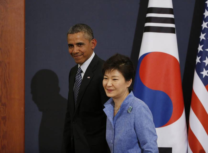 In Seoul, Obama urges Japan to settle 'terrible' sex slave issue