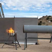 Australian researchers in New Mexico test the use of explosives to snuff out fires. | AFP-JIJI
