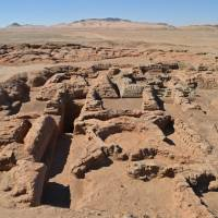 The foundations of four pyramids and other buildings unearthed in Sudan by a French archaeological team lie in the desert at Sedeinga, about 500 km north of Khartoum. | AFP-JIJI