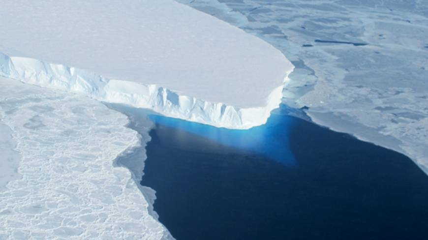 West Antarctic glacier thaw now 'irreversible,' study finds