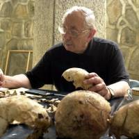 Forensic anthropologist who worked on Kennedy assassination, Argentine mass graves dies