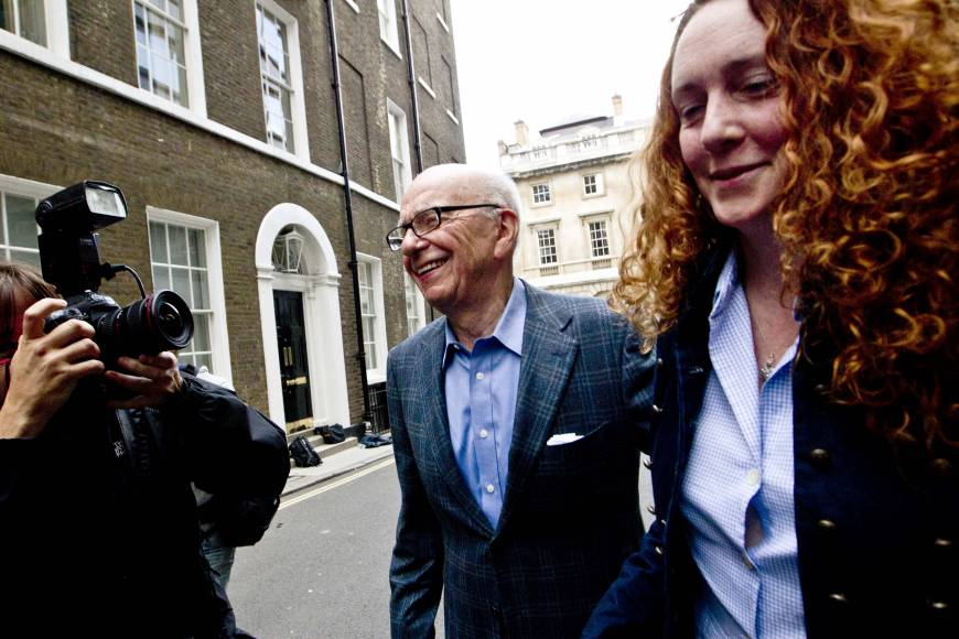 Murdoch protegee Brooks cleared of cellphone hacking