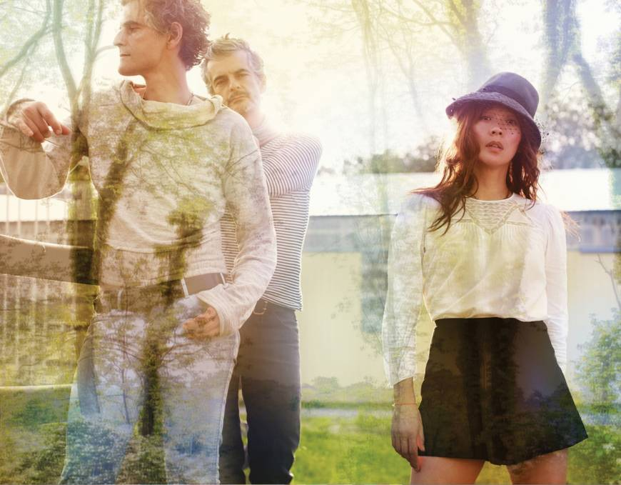 Blonde Redhead gets comfortable with past records