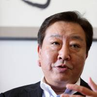 Stand firm on 10% sales tax, Noda warns Abe