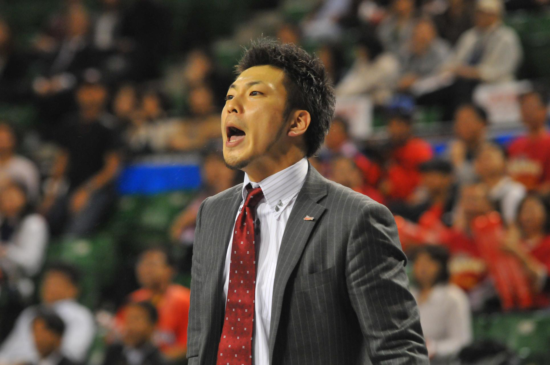 On the move again: Koto Toyama is the new coach of the Shiga Lakestars. He will lead his fourth bj-league team in as many seasons for the 2014-15 campaign.   MIYAZAKI SHINING SUNS/BJ-LEAGUE