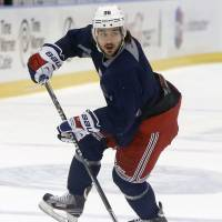 Zuccarello creating buzz in Norway