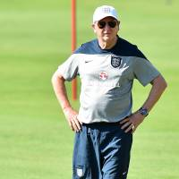 Hodgson giving nothing away ahead of opener