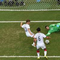 Mueller's hat trick powers Germany to rout of Portugal