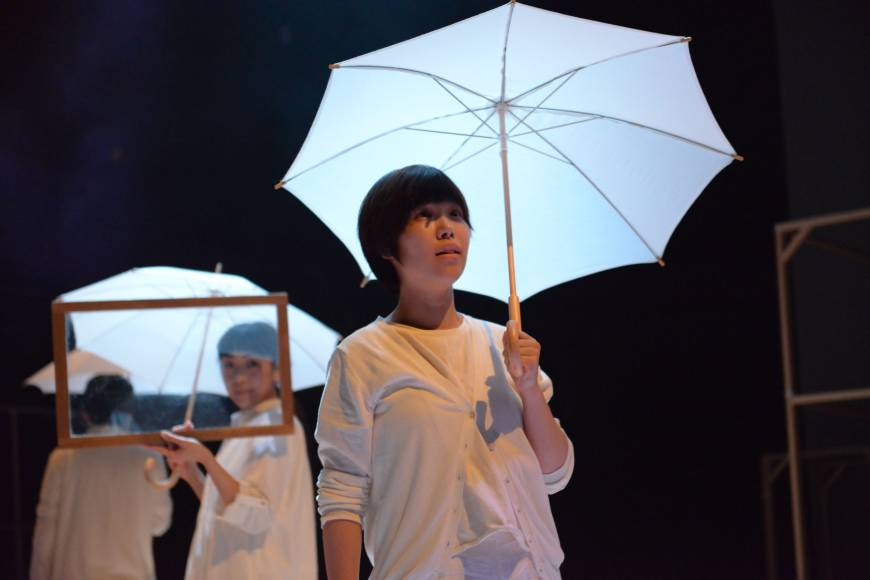 Top young dramatist urges theater toward key role in nation's cultural life