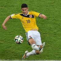 Catalyst: Colombia's James Rodriguez controls the ball against Uruguay on Saturday in Rio de Janeiro. Colombia won 2-0. | AFP-JIJI