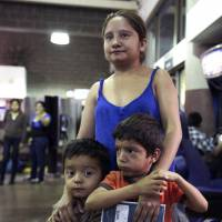 U.S. asylum tales up migrant hopes