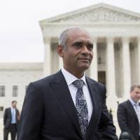 Chet Kanojia, chief executive officer of Aereo Inc., leaves the U.S. Supreme Court in Washington on Tuesday. | BLOOMBERG