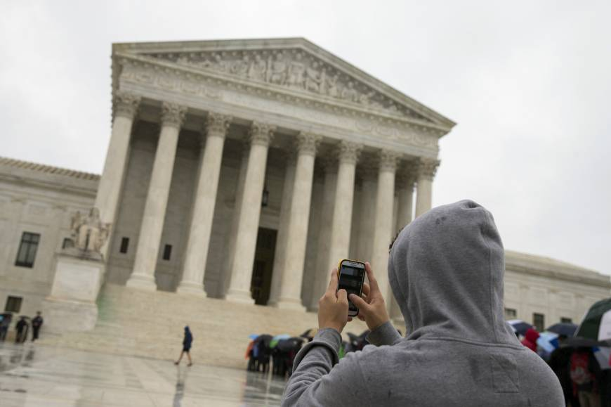 U.S. Supreme Court ruling protects cellphone privacy