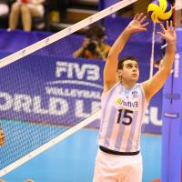 All-around presence: Argentina's Lucas Ocampo, setting the ball during Saturday's FIVB World League Pool D match against Japan at Komaki Park Arena, had a team-high 16 points in a 25-21, 25-20, 25-15 victory. FIVB