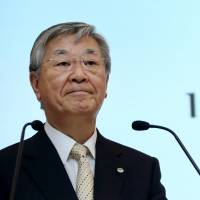 Hitachi CEO open to deeper ties, merger talks with Mitsubishi Heavy