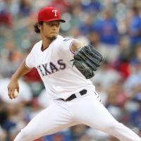 Darvish fans 8 in 10th win
