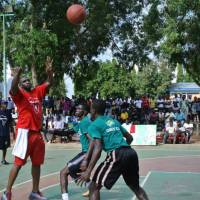 Giving pointers: Dzaflo Larkai, a three-time bj-league champion, works at a clinic last weekend in Ghana. | DZAFLO LARKAI