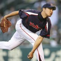Muranaka tames Tigers in rout