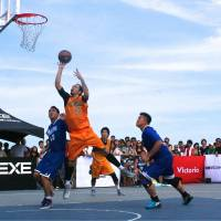 Beach life: Kenji Hilke of the GC Osaka.exe team takes a shot during the opening round of the 3x3 Premier.exe basketball circuit at Shonan Bellmare Hiratsuka Beach Park on Saturday. | KAZ NAGATSUKA