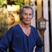 The master of death: Seizo Fukumoto's trademark dying manoeuvre is the ebi-zori (prawn cut) where, after being sliced with a blade, he bends over backward, twitching. | © ELEVEN ARTS / TOTTEMO BENRI THEATRE COMPANY