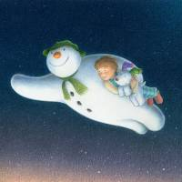 'The Snowman™ and The Snowdog' | © SNOWDOG ENTERPRISES LIMITED 2013/ THE SNOWMAN™ SNOWMAN ENTERPRISES LIMITED/'THE SNOWMAN' BY RAYMOND BRIGGS IS PUBLISHED BY PUFFIN