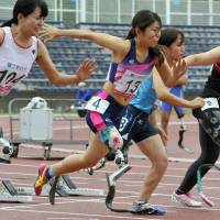 Amputee athlete encourages others with disabilities to compete in events