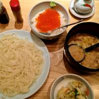 Light lunch: Inaniwa udon with dipping sauce and roe-topped rice. | ROBBIE SWINNERTON