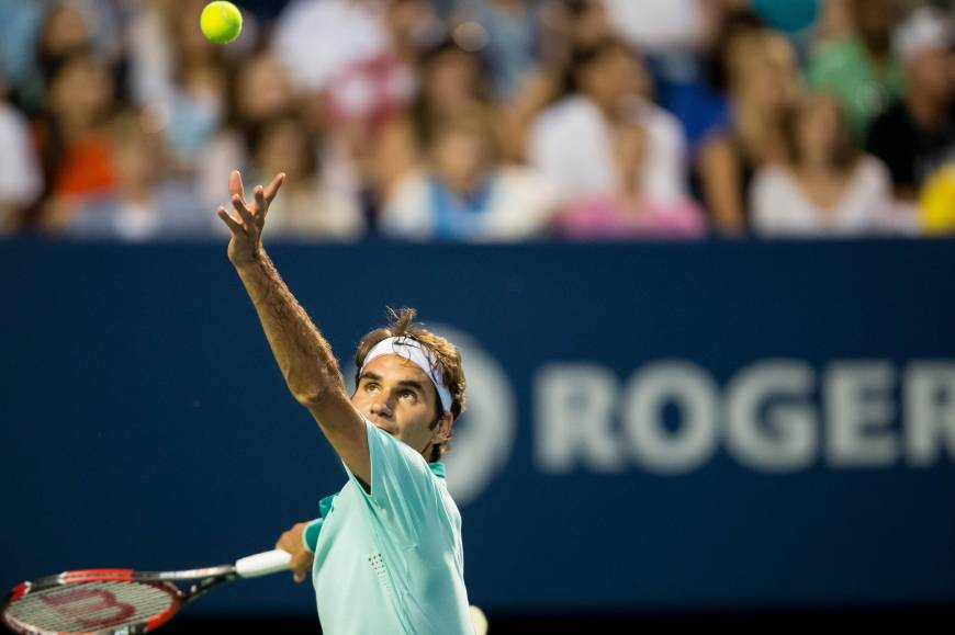 Federer advances to Rogers Cup final