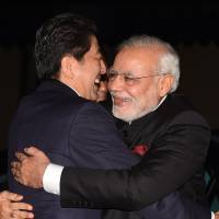 Japan Inc. cautious on India despite prime ministers' love-in