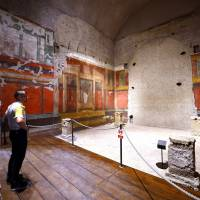 The frescoes are in remarkable condition for their age, with vivid depictions of Roman elegance. Visitor numbers will be tightly controlled to the emperor's houses, on the Palatine hill in Rome. | AFP-JIJI