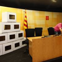 Spain court prevents Catalonia independence vote