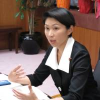 Newly appointed trade and industry minister Yuko Obuchi is interviewed by media outlets on Thursday at METI's offices in Tokyo. | KAZUAKI NAGATA