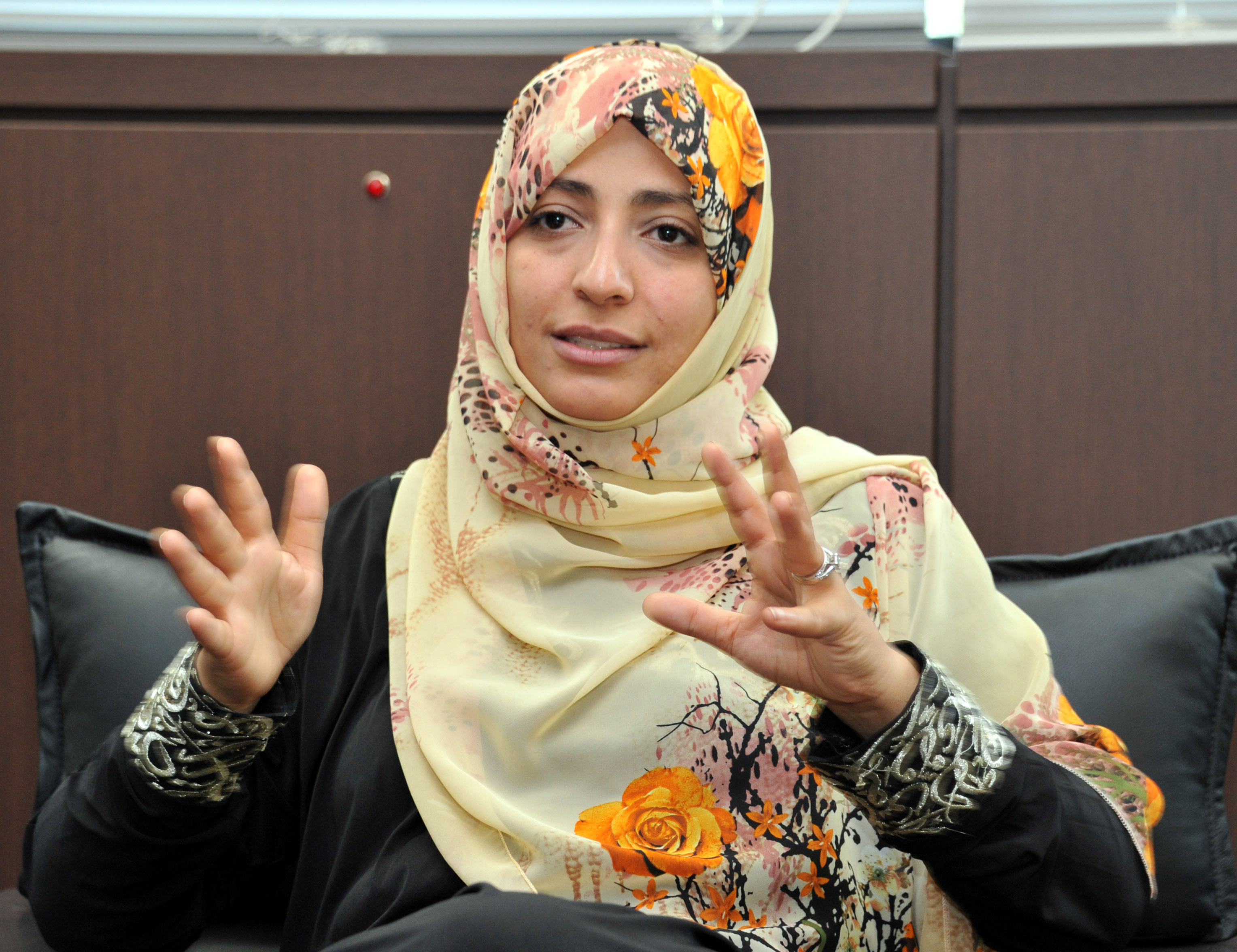 Tawakkol Karman, a Yemeni human rights activist and Nobel Peace Prize winner, is interviewed recently by The Japan Times in Tokyo. | YOSHIAKI MIURA