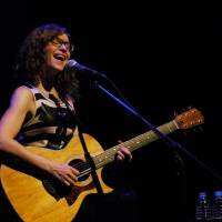 Please stay: Lisa Loeb performs at Billboard Live in Tokyo on Aug. 29. | YUMA TOTSUKA
