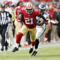 49ers strike gold with Gore in victory against Eagles