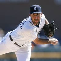 Wins 15th game: Detroit's Justin Verlander follows through on a pitch against Chicago in the first inning on Wednesday. | AP
