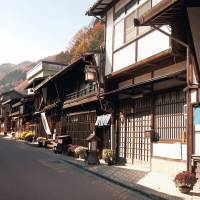 Narai-juku in Nagano Prefecture was a station on the old Nakasendo route. It has been carefully preserved to look much as it did in the Edo Period. | MAKIKO ITOH