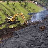 National Guard heads to Hawaii town threatened by river of lava