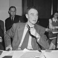 New documents released on Manhattan Project director Oppenheimer