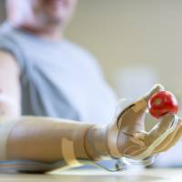 New artificial hand gives amputees a sense of touch