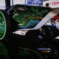 Japanese, European carmakers unveil top models at L.A. auto show