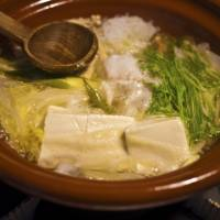 A tasty as you want it to be: The great thing about home-cooked nabe (hot pot) is that the ingredients are up to you — and it's easy to make, too. | MAKIKO ITOH