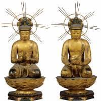 'Seated Kannon Bosatsu' (Avalokitesvara), left, and 'Seated Seishi Bosatsu (Mahasthamaprapta) from Amida Nyorai (Amitabha) Triad (1148, Kyuan 4) Sanzen-in Temple, Kyoto | AGENCY FOR CULTURAL AFFAIRS