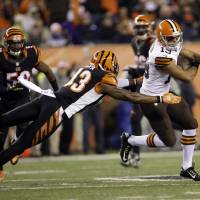 Browns beat up on Bengals
